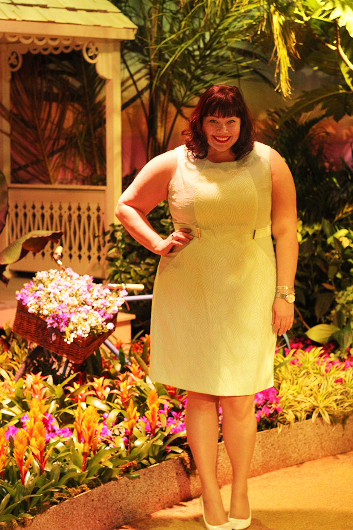 Plus Size Blogger Amber from Style Plus Curves in Mint Green Calvin Klein Sheath Dress