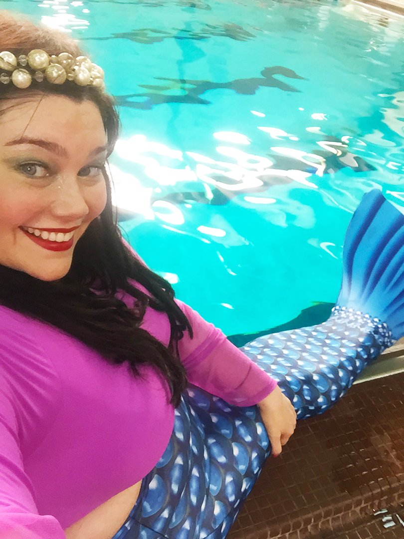 Style Plus Curves ready to take part in a mermaid class in Chicago