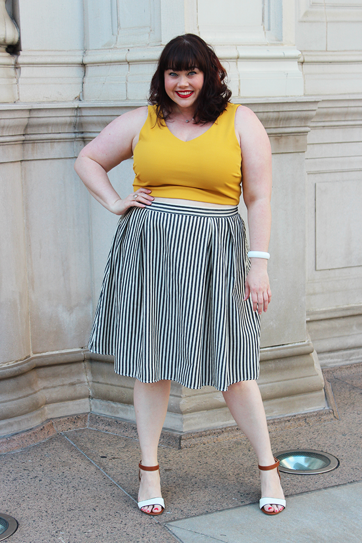 plus size ootd: pinstripe skirt + gold crop top from forever 21 plus