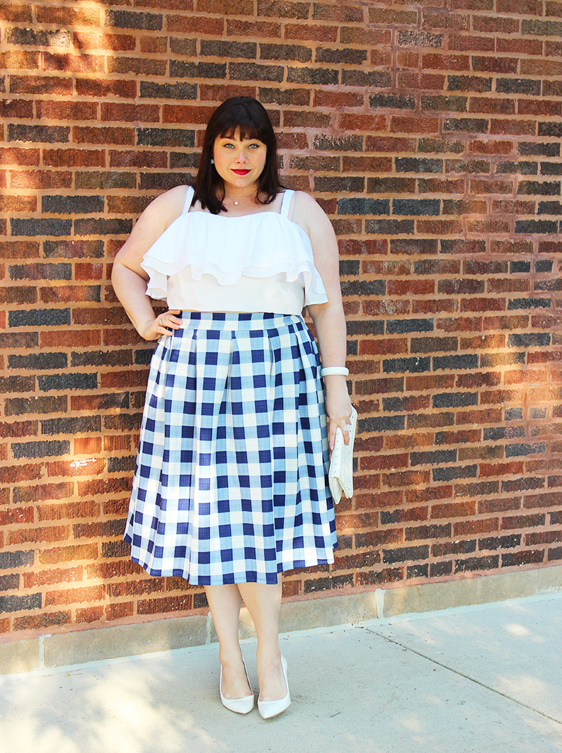 Chicago Plus Size Blogger Amber from Style Plus Curves in Eloquii Gingham Skirt and White Ruffle Top, summer style, summer sale