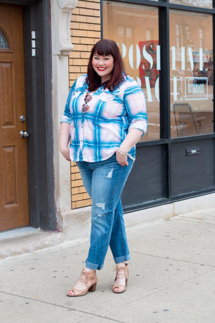 Chicago, Plus Size Blogger, Style Plus Curves, Avenue Plus, Valentine's Day, Plus Size Style, Plaid Top, Plus Size Model
