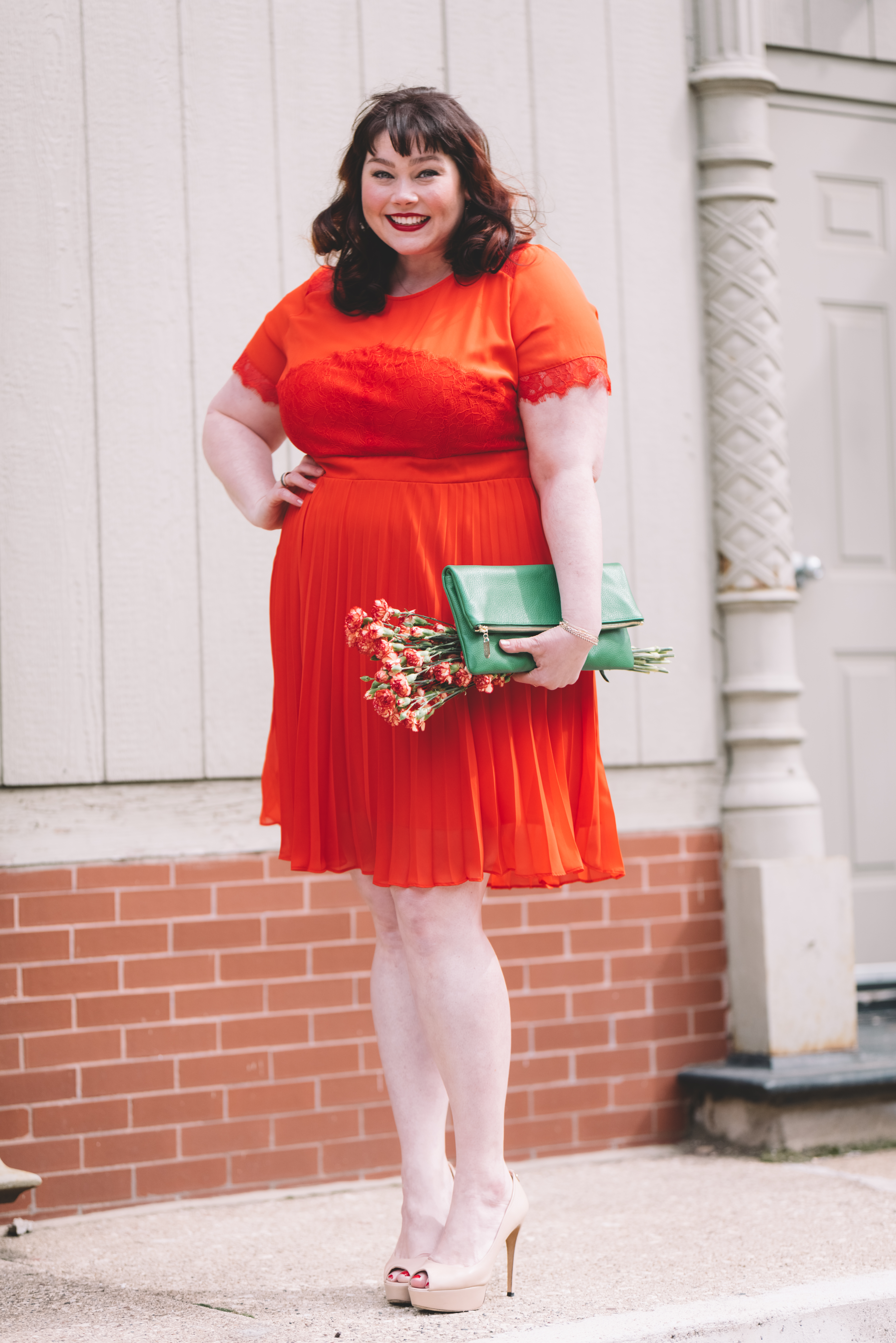 Plus Size Blogger with Custom Leather Bag from Laudi Vidni in Chicago