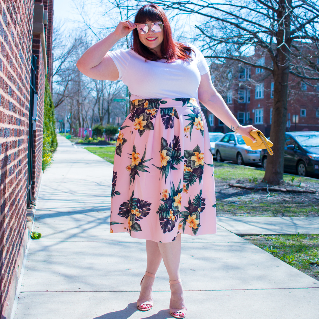 Chicago Plus Size Blogger in Plus Size Floral Skirt from Asos Curve