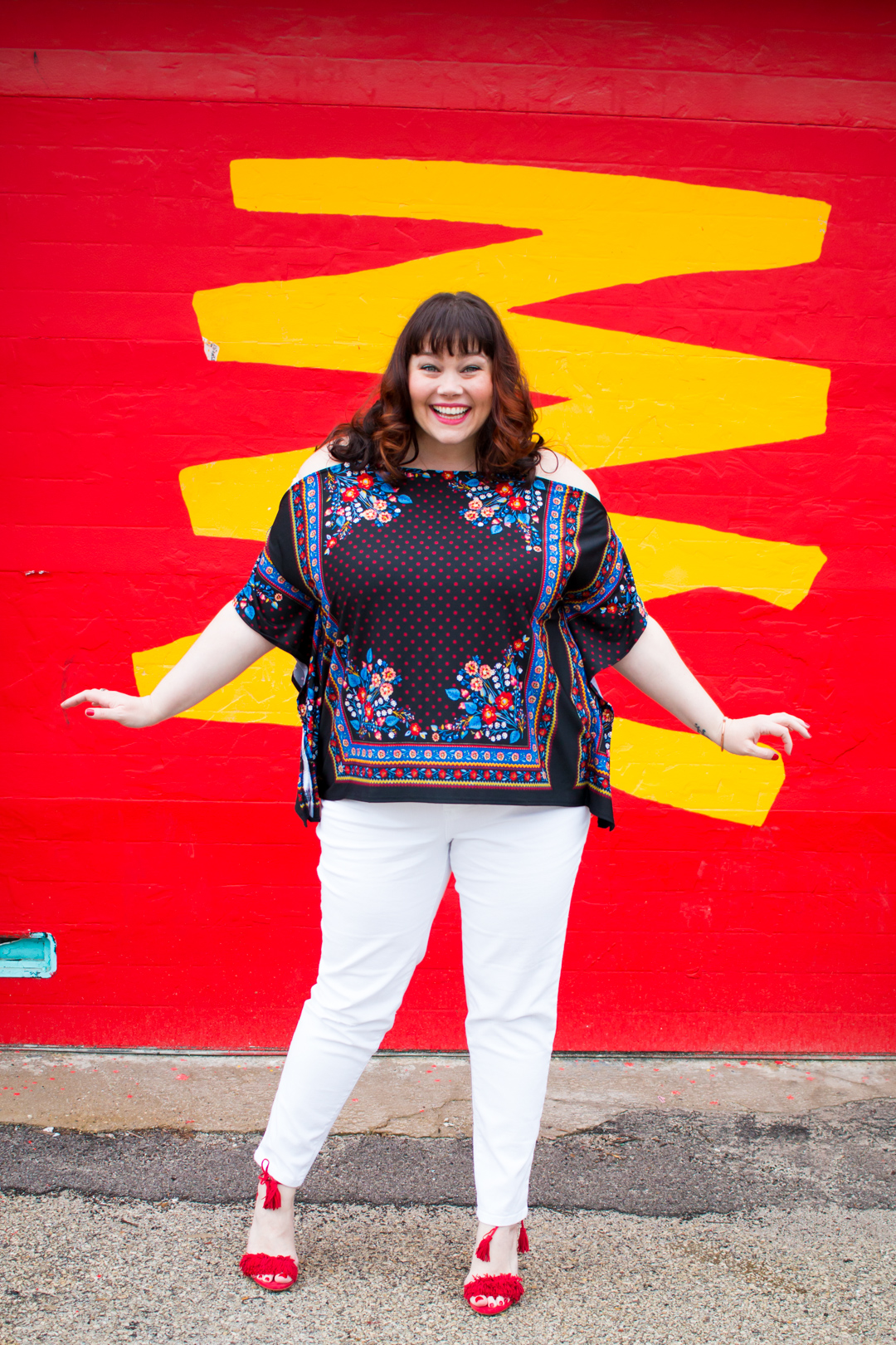 Chicago blogger Style Plus Curves wearing Plus Size Spring Fashion Plus Size White Jeans from Avenue