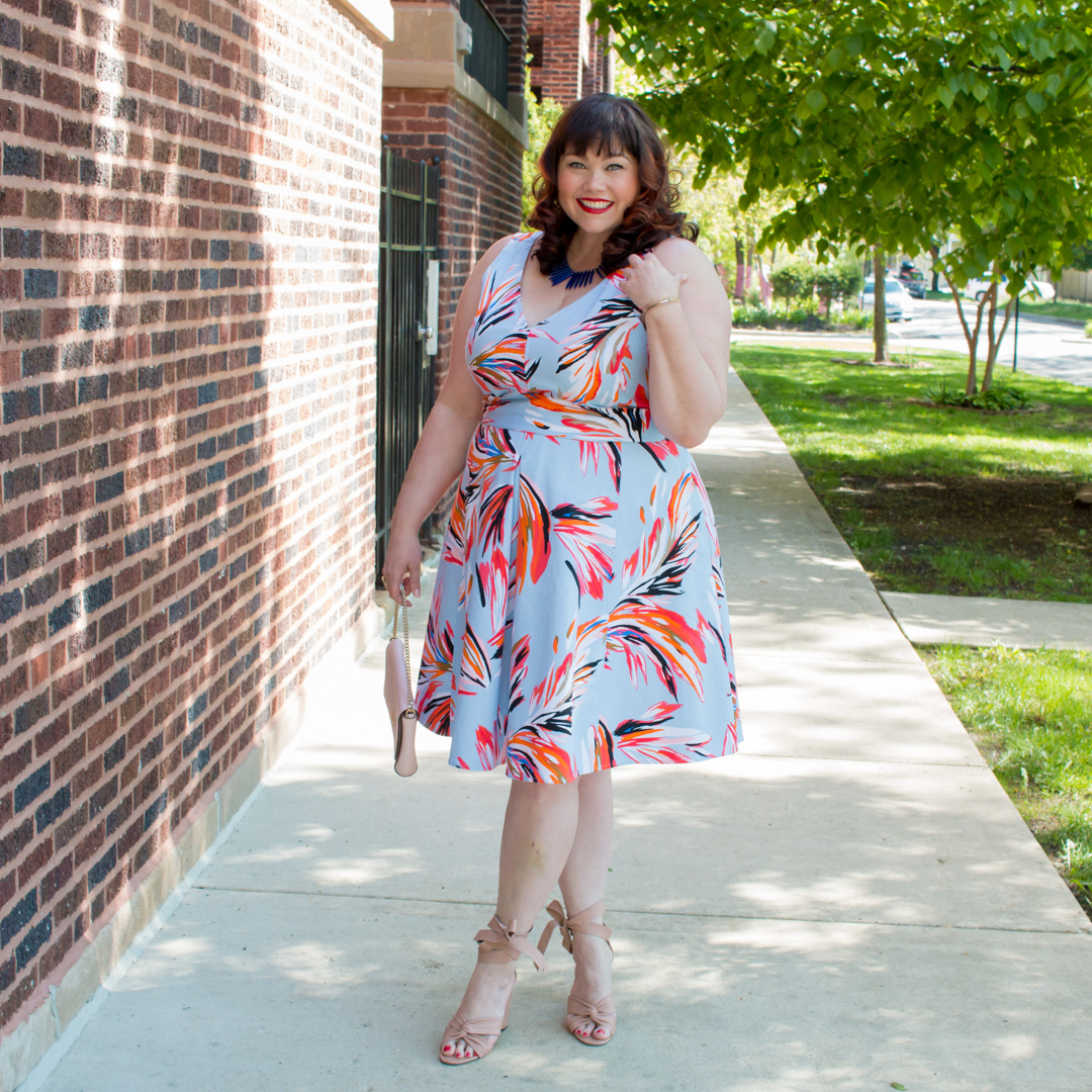 Chicago fashion blogger in Lane Bryant Dress