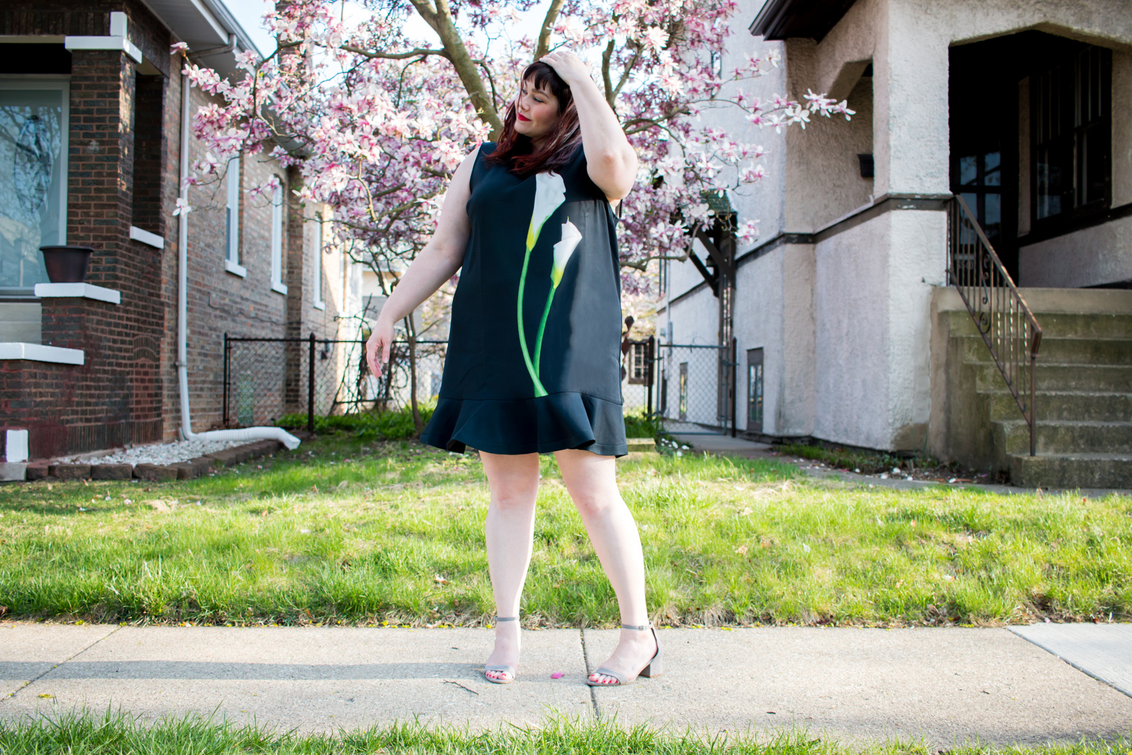 7cb5cfa2e0 Plus Size Blogger wearing Calla Lily Dress from Victoria Beckham x Target  collection
