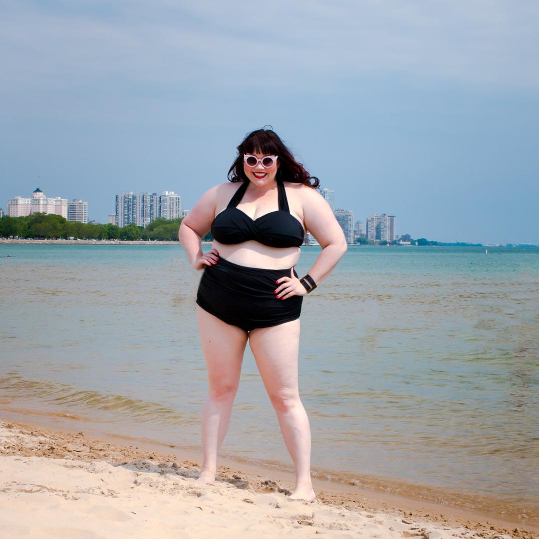 Plus Size Bikini, Fatkini, Plus Size Blogger at the beach, Chicago plus size blogger