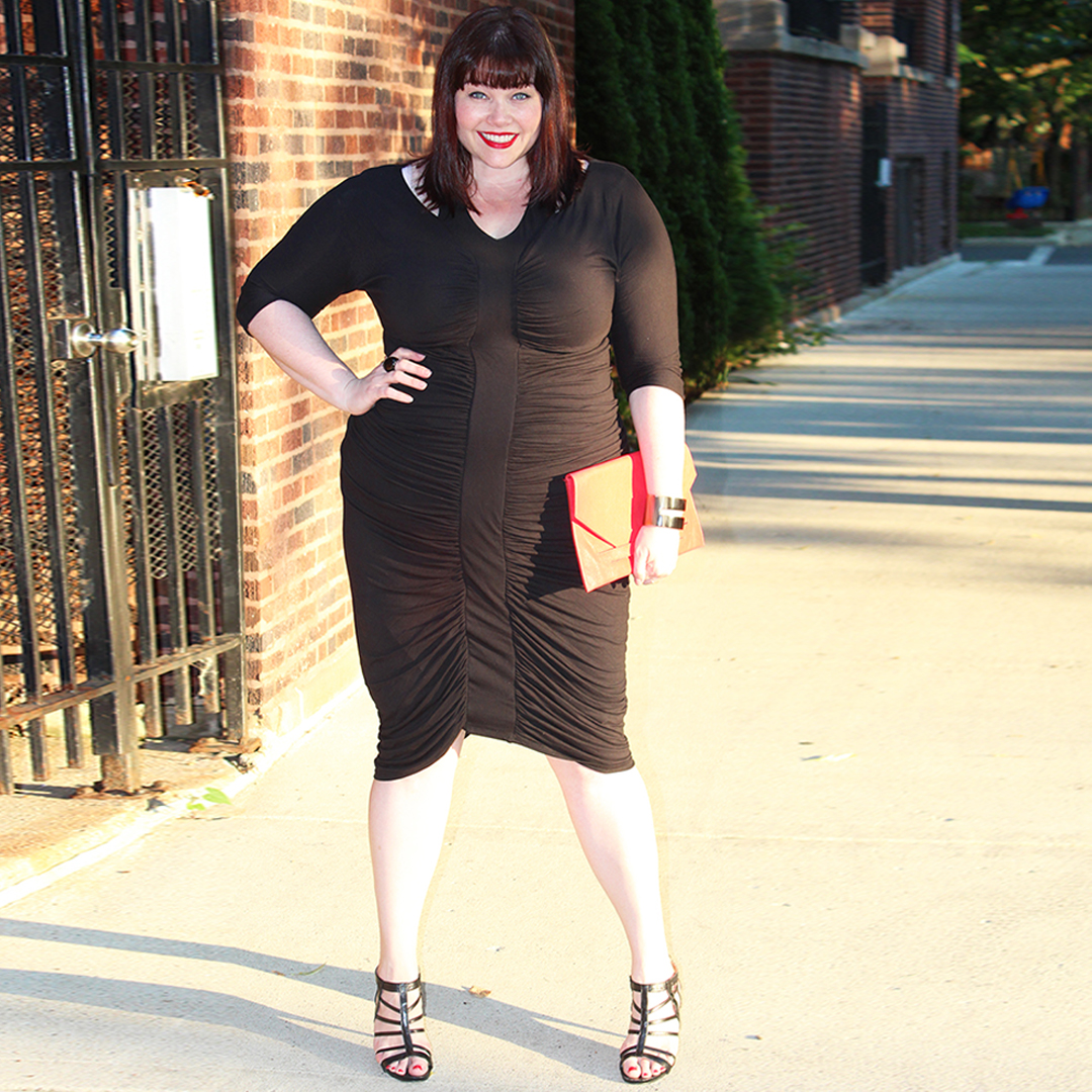Kiyonna Dresses, Style Plus Curves, Chicago Blogger, Chicago Plus Size Blogger, Plus Size Blogger, Amber McCulloch, Kiyonna, Riveting Ruched Dress, Plus Size Dress