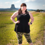 Loralette Review, Style Plus Curves, Chicago Blogger, Chicago Plus Size Blogger, Plus Size Blogger, Amber McCulloch, Loralette, Avenue Plus, Loralette Plus Size Camo Pants, Cage V-Neck Tank, Devil's Tower, Wyoming