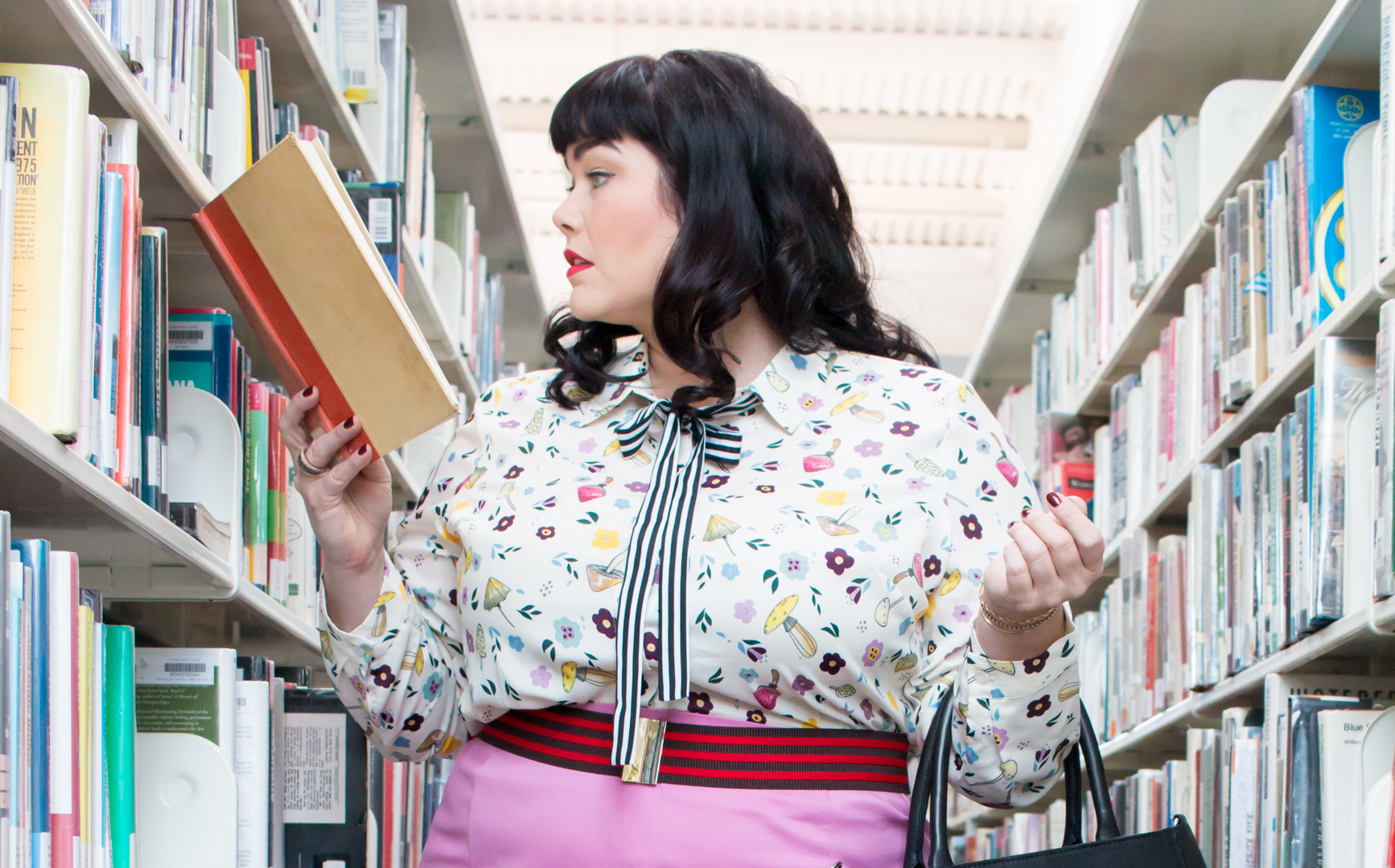 Eloquii, Librarian Style, Plus Size OOTD, Fall Fashion, Plus Size Fashion Find, Plus Size Dress, Style Plus Curves, Chicago Blogger, Chicago Plus Size Blogger, Plus Size Blogger, Amber McCulloch