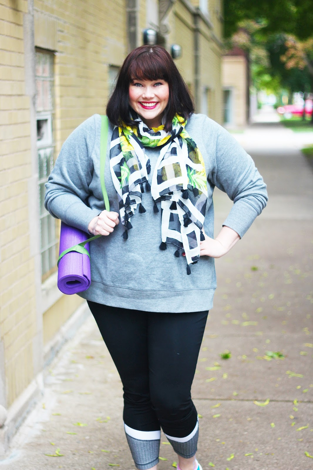 Yoga, Fat and Fit, Plus Size Exercise, Plus Size Yoga, Hawaii, Plus Size Style, Plus Size Fashion, Style Plus Curves, Chicago Blogger, Chicago Plus Size Blogger, Plus Size Blogger, Amber McCulloch