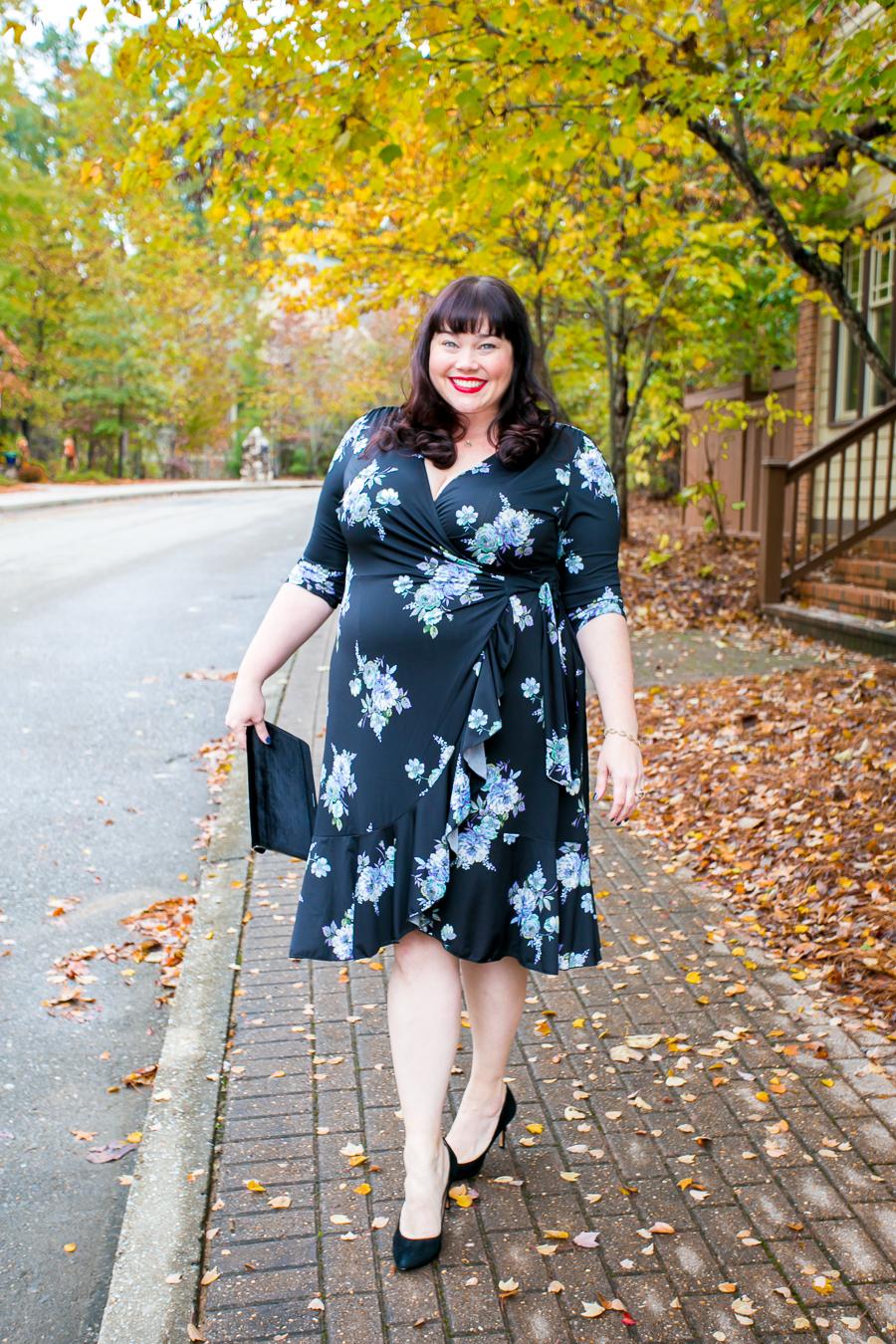 Kiyonna, plus size wrap dress, Fall Fashion, Plus Size Style, Plus Size Fashion, Style Plus Curves, Chicago Blogger, Chicago Plus Size Blogger, Plus Size Blogger, Amber McCulloch
