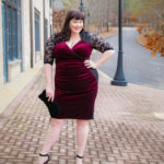 Kiyonna, Hourglass Lace Dress, velvet, Chicago Blogger, Chicago Plus Size Blogger, Amber McCulloch, Plus Size Blogger, Style Plus Curves