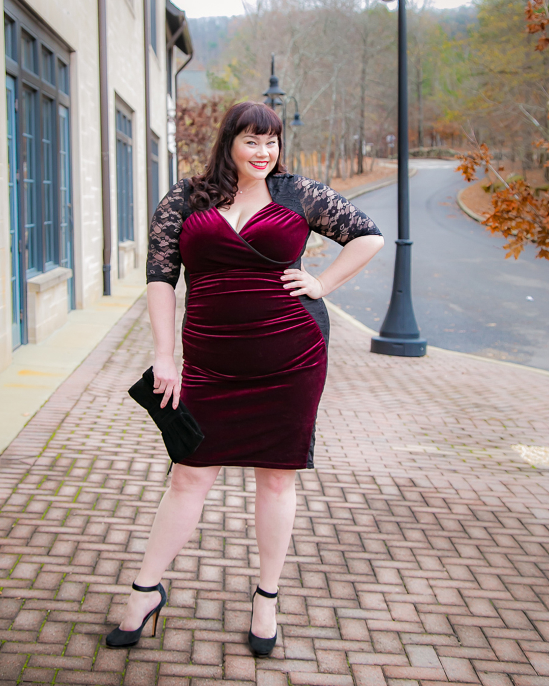 Plus Size Dress - Kiyonna Hourglass Lace Dress
