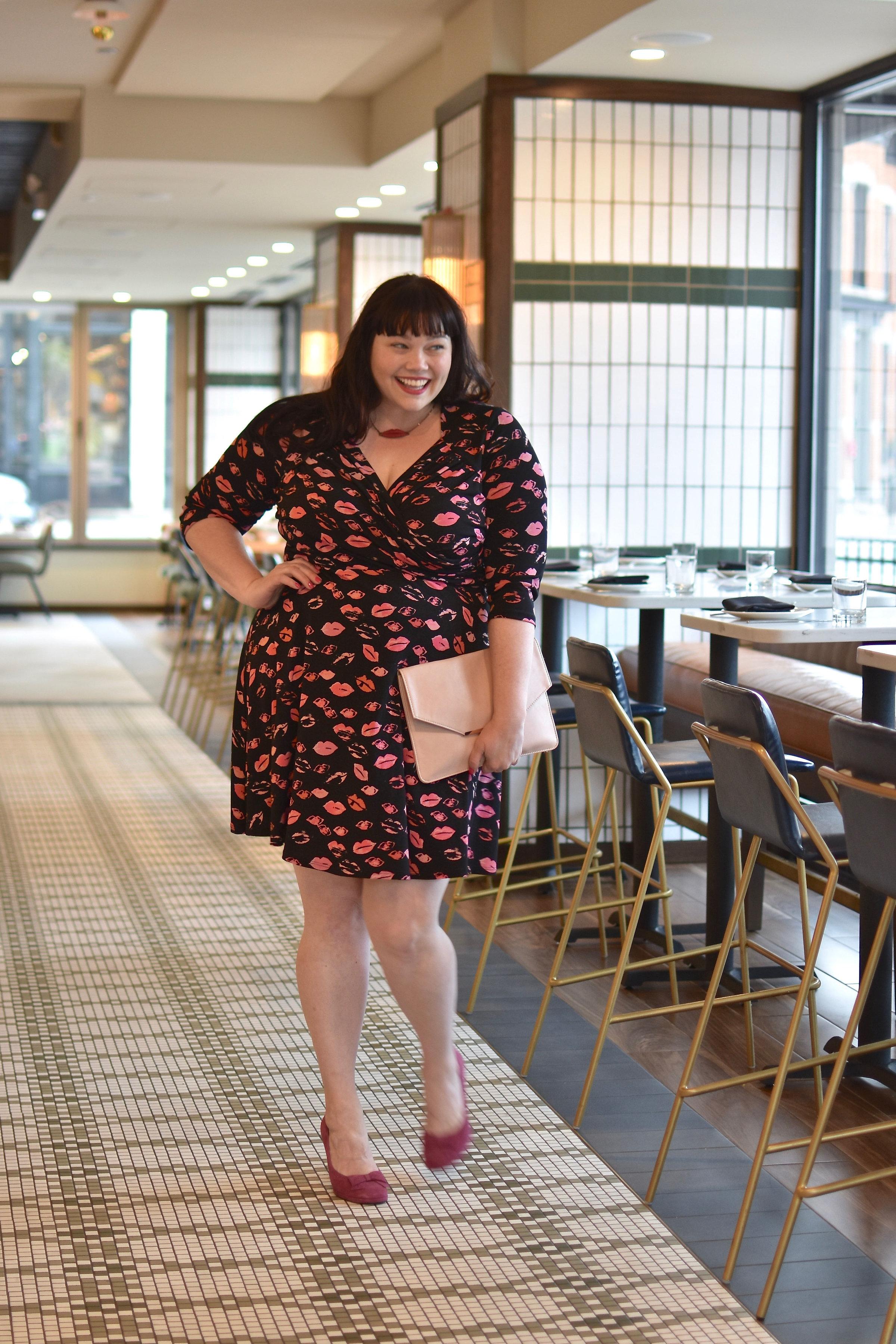 Plus Size Valentine's Day Look, Leota Lip Print Dress, Amber McCulloch, Chicago Plus Size Blogger