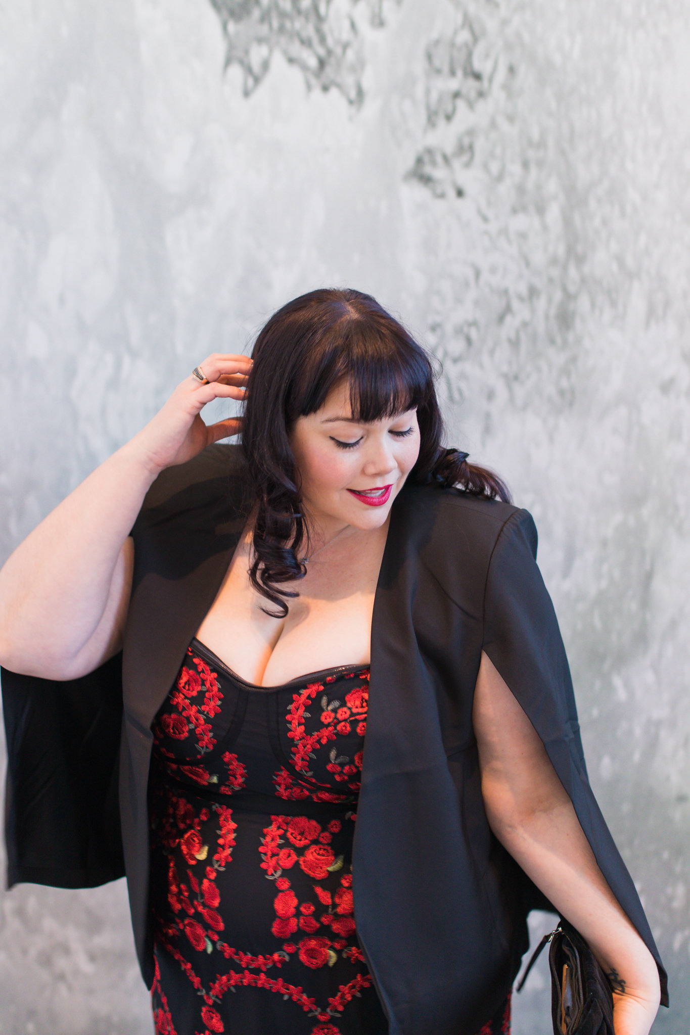 Plus Size Valentine's Day Look, City Chic Jacket Cape, City Chic Red Rose Corset Dress, Chicago Plus Size Blogger