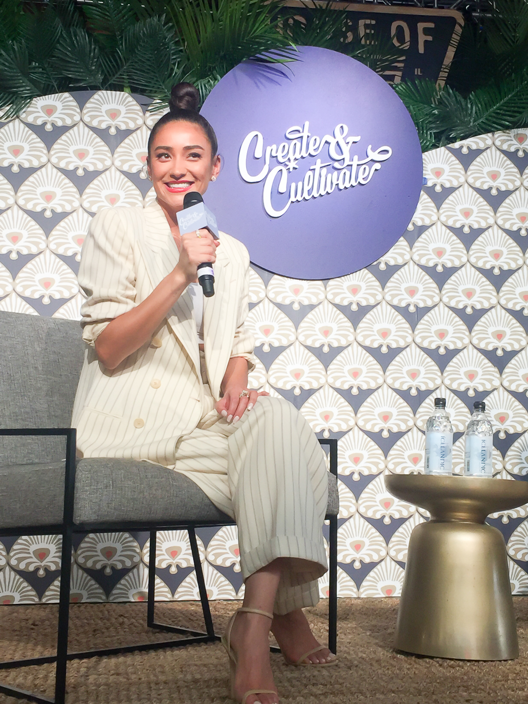 Shay Mitchell speaks at Chicago Create & Cultivate
