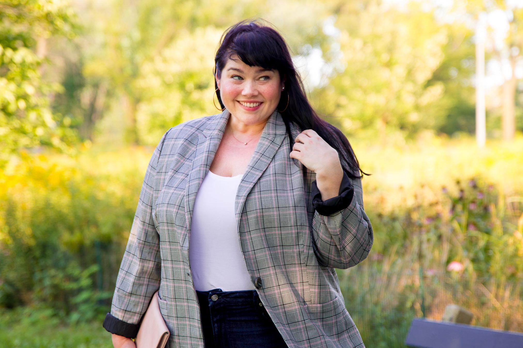 Plus Size Blogger Amber in a plus size plaid blazer